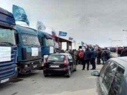 Акция протеста дальнобойщиков продолжается, власть молчит