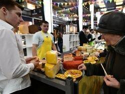 Почти 40 процентов россиян сообщили о наличии денег только на еду