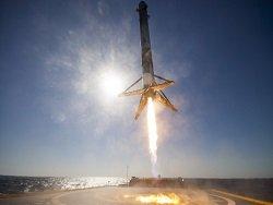 Почему повторный запуск первой ступени Falcon 9 компанией SpaceX — это важно