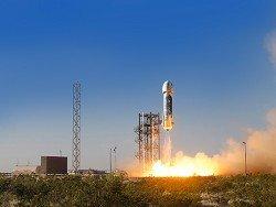Blue Origin показала первые снимки интерьера туристической капсулы New Shepard
