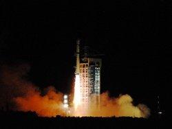 В День космонавтики Китай запустил спутник для скоростного Интернета