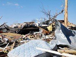 Торнадо снес в США стоянку автоприцепов