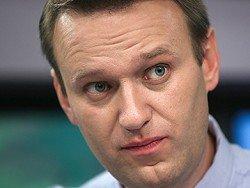 Навальный с семьей улетел из России