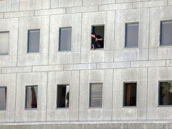 Семь человек погибли в результате нападения на иранский парламент