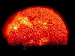 """Астрономы открыли """"адскую"""" планету - горячую, как Солнце"""
