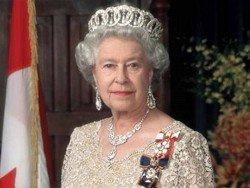 СМИ опровергли намерение британской королевы отрекаться от престола