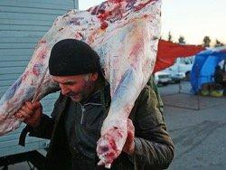 Мясное рабство: россияне работают за еду