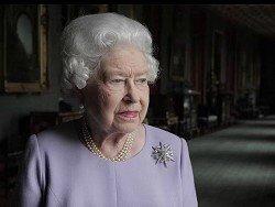СМИ: Королева Британии отрекается от престола