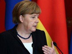 Меркель назвала правильным свое решение отказаться от массовой высылки из ФРГ беженцев в