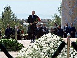 Путин поручил правительству повысить доступность похоронных услуг