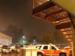 """Число жертв урагана """"Харви"""" в Техасе достигло 30 человек"""