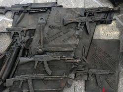 С памятника Калашникову уберут схему немецкого автомата