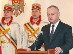 Армия Молдовы может отказаться признавать президента Додона