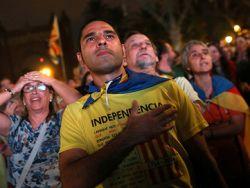 Испания решила приостановить автономию Каталонии