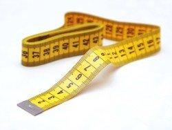 Измеряют члены и дрочат