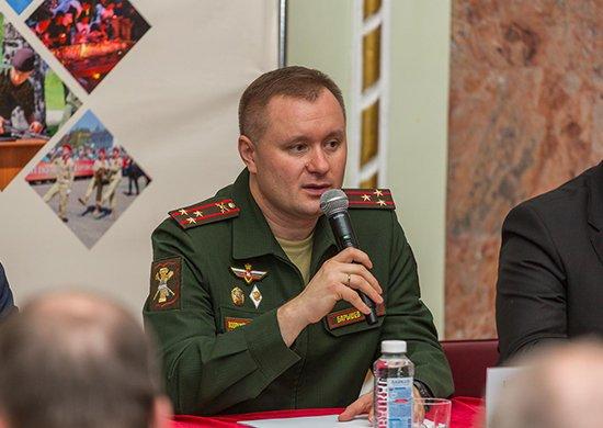 Михаил Барышев встретился с воспитанниками «Юнармии»