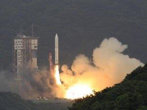 """Новая японская ракета """"Эпсилон"""" успешно вывела на орбиту спутник SPRINT-А"""