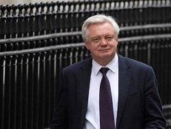 Brexit: Дэвид Дэвис дразнит своих коллег из Евросоюза