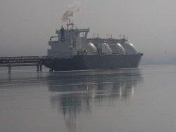 В холода не до санкций: США пристрастились к российскому газу.