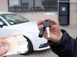 Эксперты назвали 10 главных ошибок при покупке автомобиля