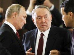 Назарбаев зажал Россию в стальные тиски