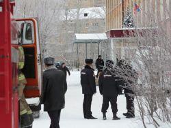 Неизвестные в масках напали с ножами на пермскую школу