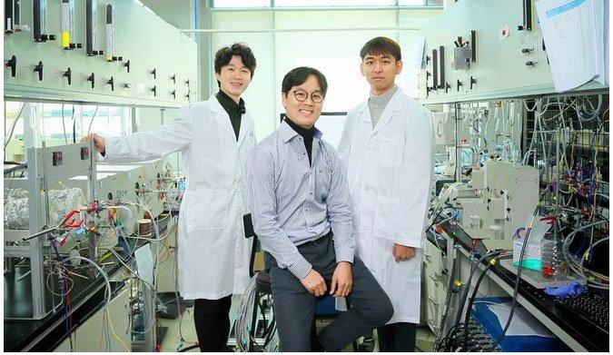 Новый метод электролиза производит в 4 раза больше водорода