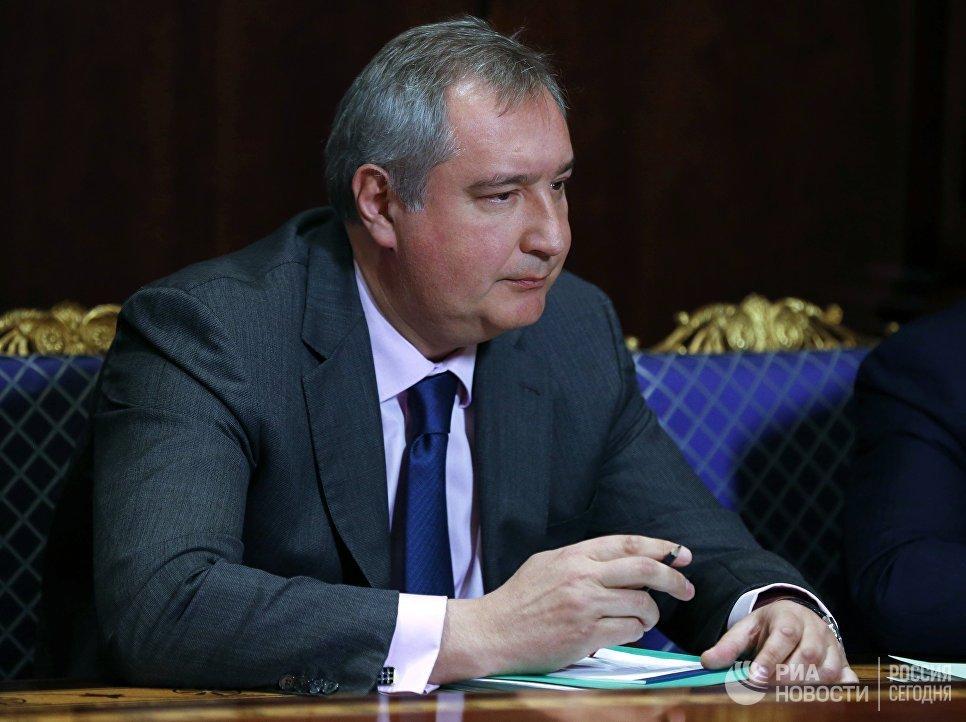 Рогозин ответил на заявление Альфа-банка об отказе от обслуживания оборонки.