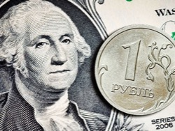 Доллар помог рублю и заставил всех понервничать