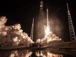Завтра утром SpaceX выполнит один из самых тяжёлых запусков Falcon 9