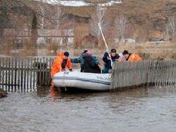 Режим ЧС из-за паводка объявлен в 7 районах Алтайского края, затопило курорт Белокуриха