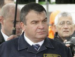 Как экс-глава Минобороны Анатолий Сердюков вместо тюрьмы попал в миллионеры