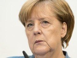 На Меркель подали в суд за промахи в миграционной политике