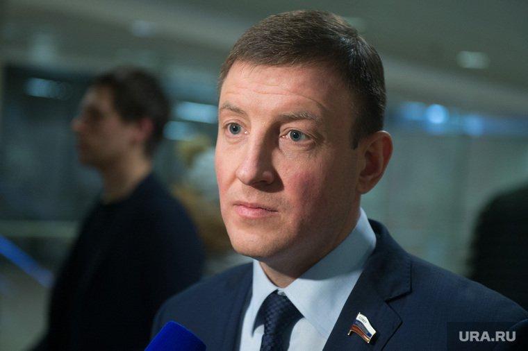 """""""Единая Россия"""" отреклась от депутата, ударившего ребенка"""
