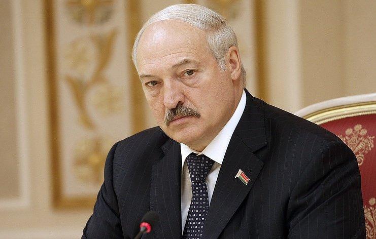 Лукашенко допустил вхождение Белоруссии в состав другой страны при провале в экономике