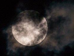 Жители Москвы увидят лунное затмение и великое противостояние Марса