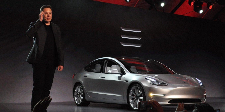 Объём производства Tesla Model 3 приближается к 5000 штук в неделю