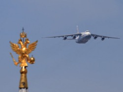 Не доставайся же ты никому: что будет с Ан-124