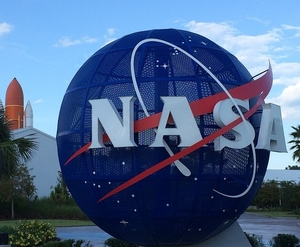 Что нам дала космонавтика?