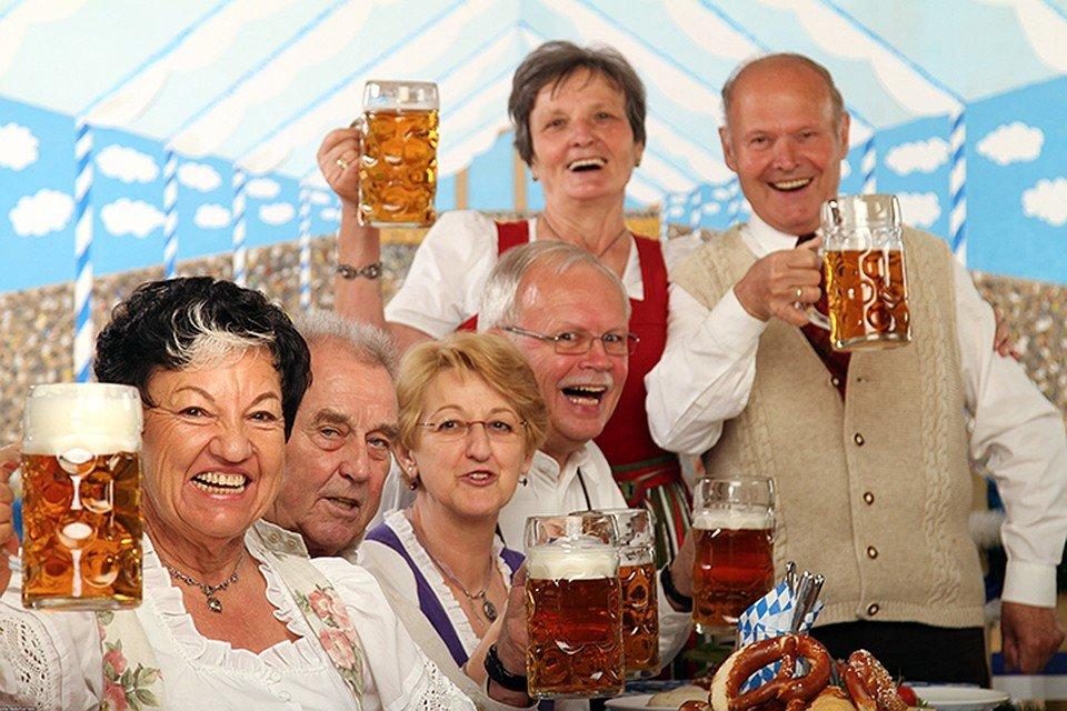 В Минздраве предупредили о склонности неработающих пенсионеров к пьянству