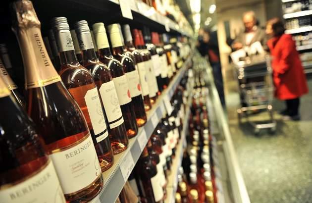 Правительство заставит народ отказаться от алкоголя