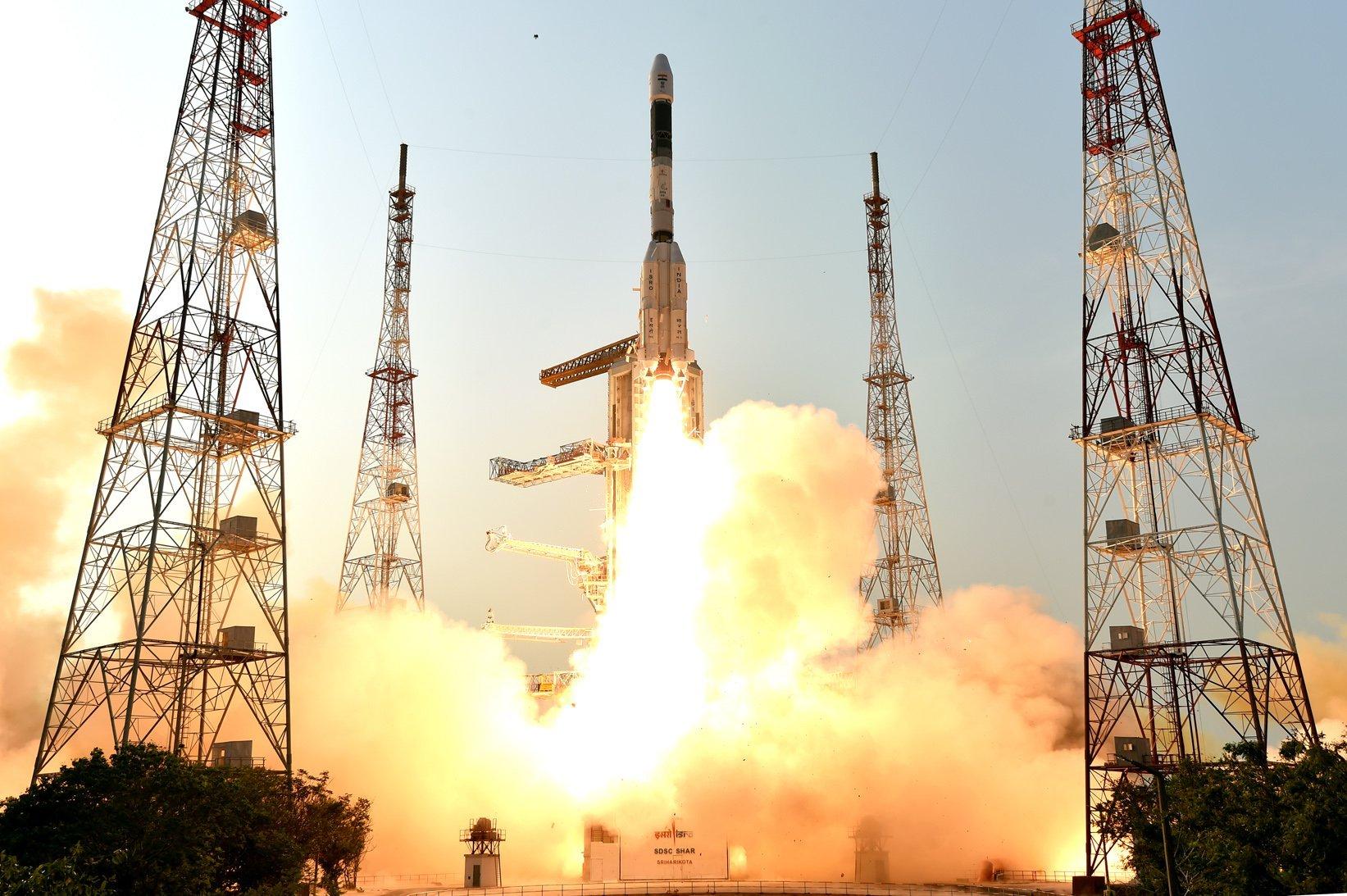 Премьер-министр Индии Нарендра Моди: мы отправим флаг страны в космос в 2022 году