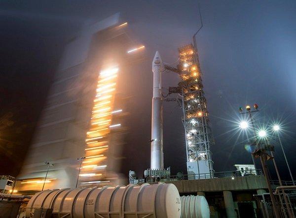 Эксперт: новые космические силы навредят США : Политика Newsland – комментарии, дискуссии и обсуждения новости.