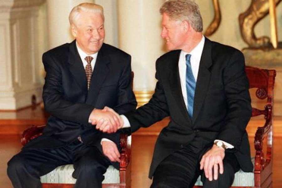 Что удивило политиков в переписке Ельцина и Клинтона по поводу Путина? : Политика Newsland – комментарии, дискуссии и обсуждения новости.
