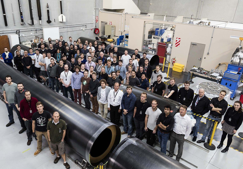 Rocket lab чинит ракету, расширяется и ускоряется