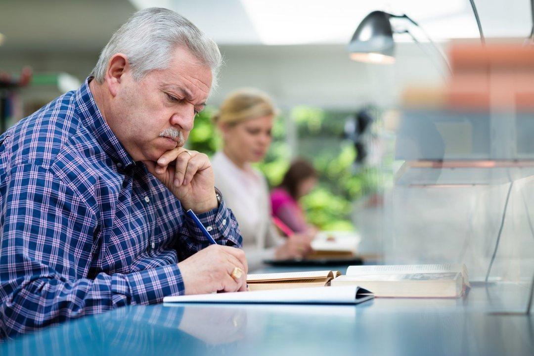 Предпринимателей пенсионного возраста освободят от взносов в ПФР : Экономика и бизнес Newsland – комментарии, дискуссии и обсуждения новости.