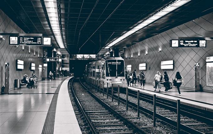 Пострадавшие пассажиры метро смогут получать выплаты : Общество Newsland – комментарии, дискуссии и обсуждения новости.