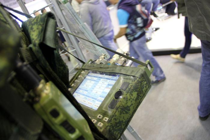 """""""Золотые"""" планшеты для Минобороны оказались конструкторами из импортных деталей"""