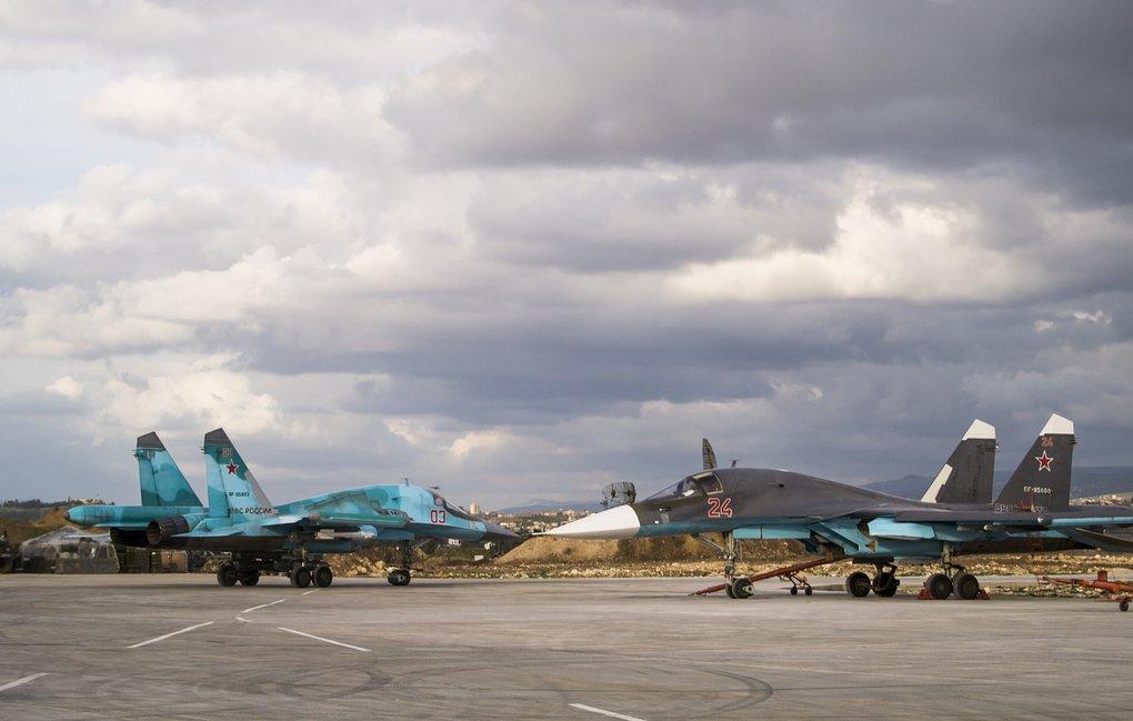 Самолеты ВКС России уничтожили стратегически важный объект Аль-Каиды в Идлибе : Политика Newsland – комментарии, дискуссии и обсуждения новости.