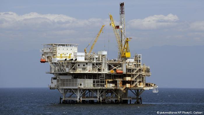 США стали мировым лидером по добыче нефти